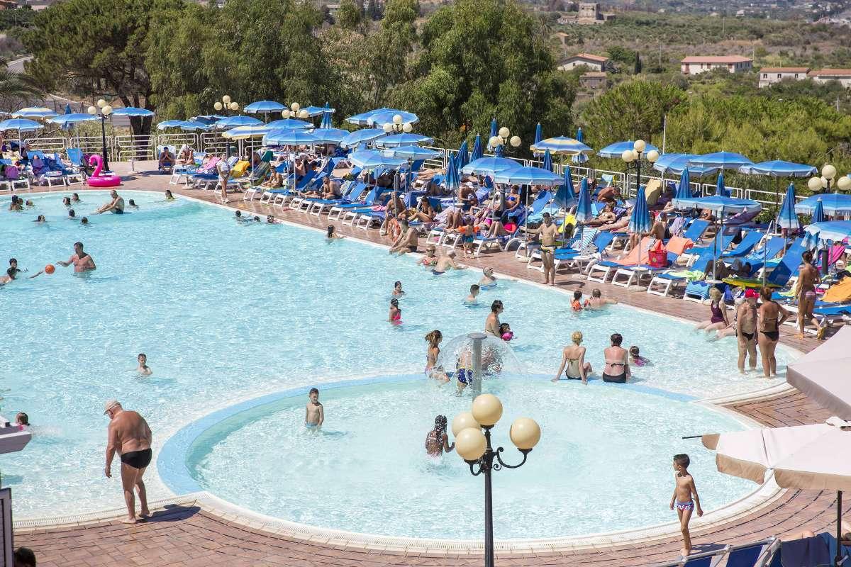 Piscina Hotel Costa Verde Cefal